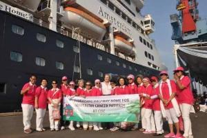 Fundraising di kapal Amsterdam